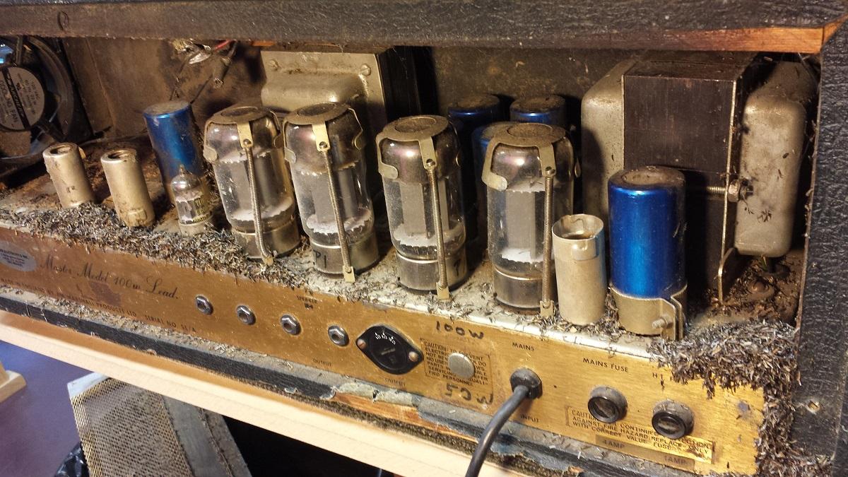 Dirty Marshall JMP - 300guitars